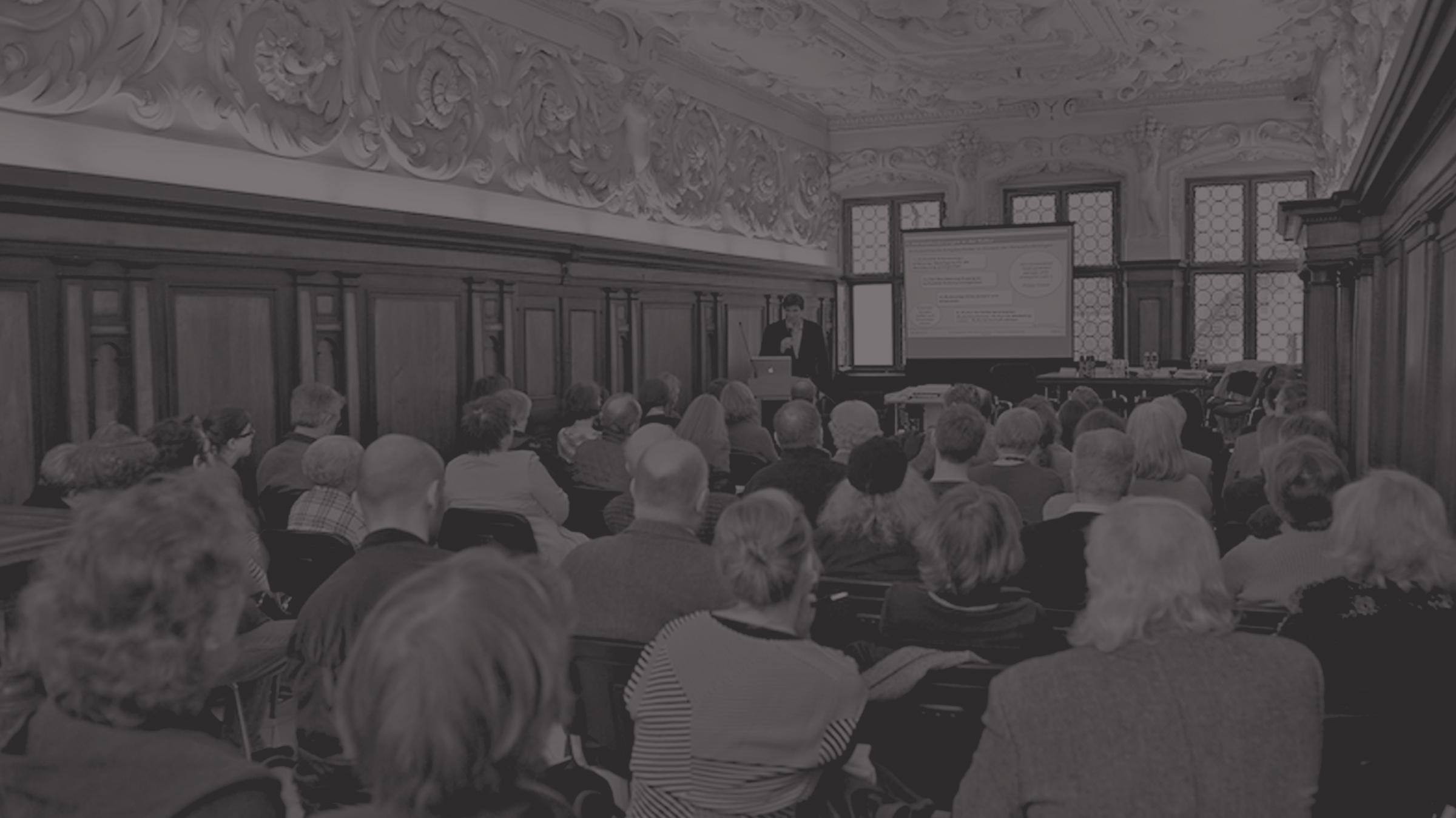 Vorträge und Podiumsdiskussionen