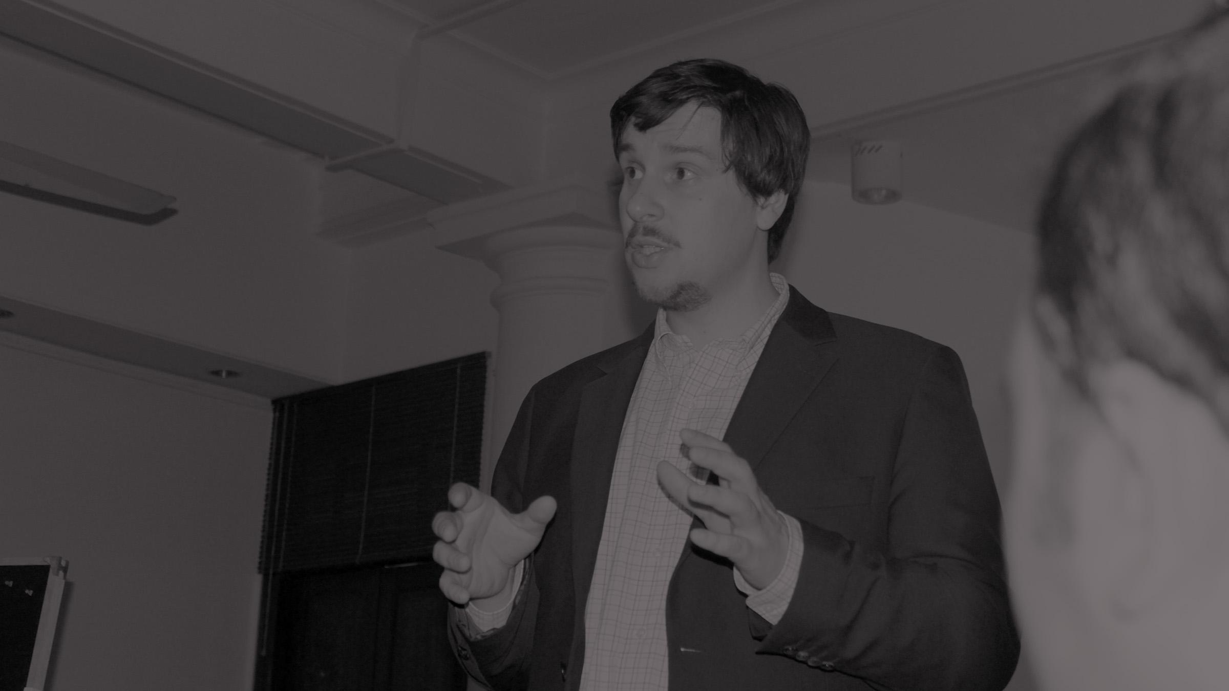 Dr. Patrick S. Föhl